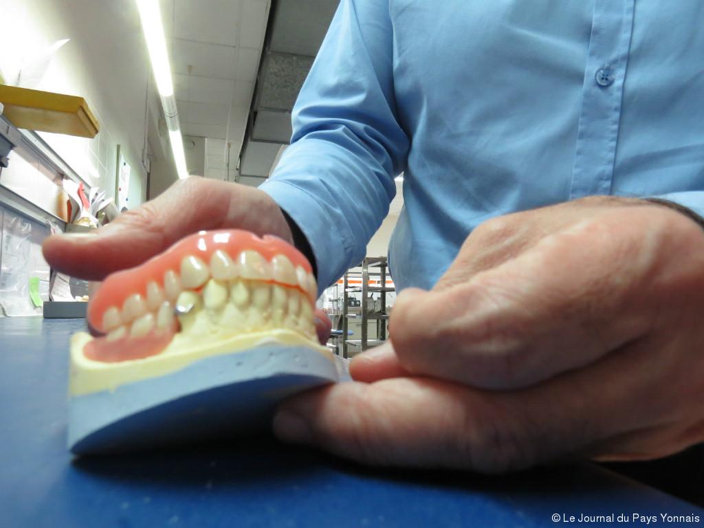 Prothèse dentaire : est-ce douloureux ?